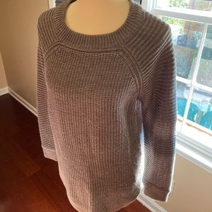 Gray cable knit hi-low sweater, size LG